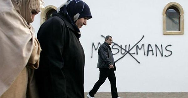 Macaristan'da Müslümanlar tehdit altında