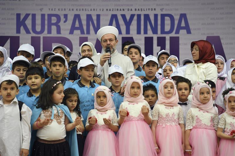 Mehmet Görmez Yaz Kur\'an Kursları Başlangıcı Etkinliğine Katıldı