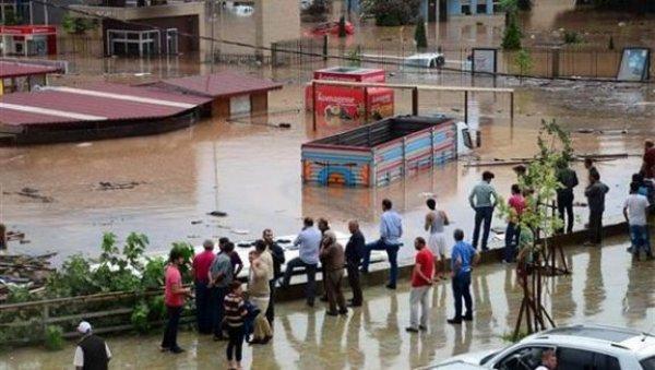 Meteoroloji'den sel ve heyelan uyarısı