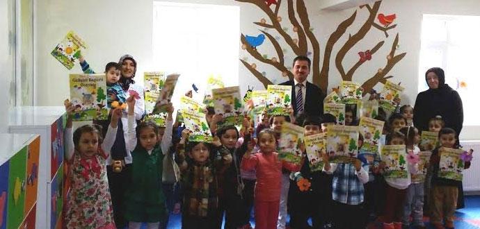 Safrabolu'da Minik Öğrencilerin Karne Heyecanı