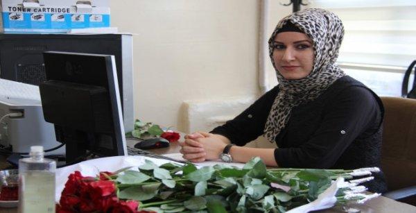 Şanlıurfa'da yeni öğretmenler güllerle karşılandı