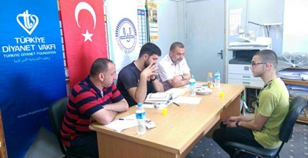 TDV, Filistinli öğrencilere Türkiye'de okuma imkanı sunuyor