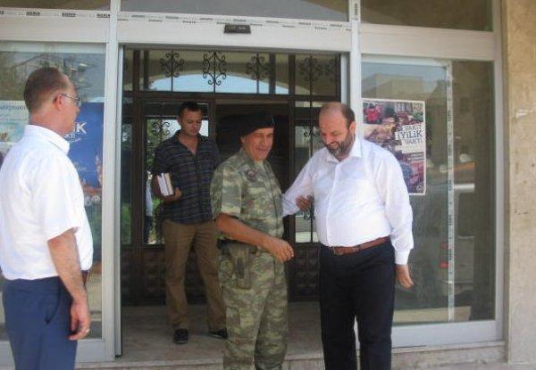 Tuğgeneral İhsan Başbozkurt'tan Müftülüğe Veda Ziyareti.