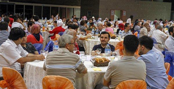 Türkiye Diyanet Vakfı'nın İyilik Sofraları